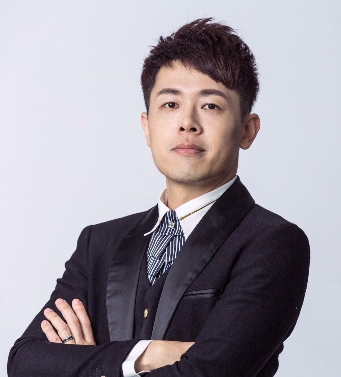 黃昱勳 執業會計師